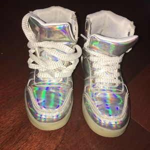 Other - 🎀 LED Sneakers 🎀